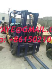 China 3t.2t used komatsu forklift working into container supplier